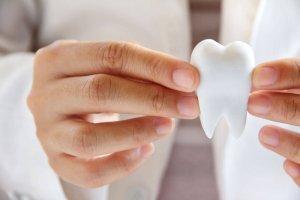 who offers the best teeth whitening massapequa?